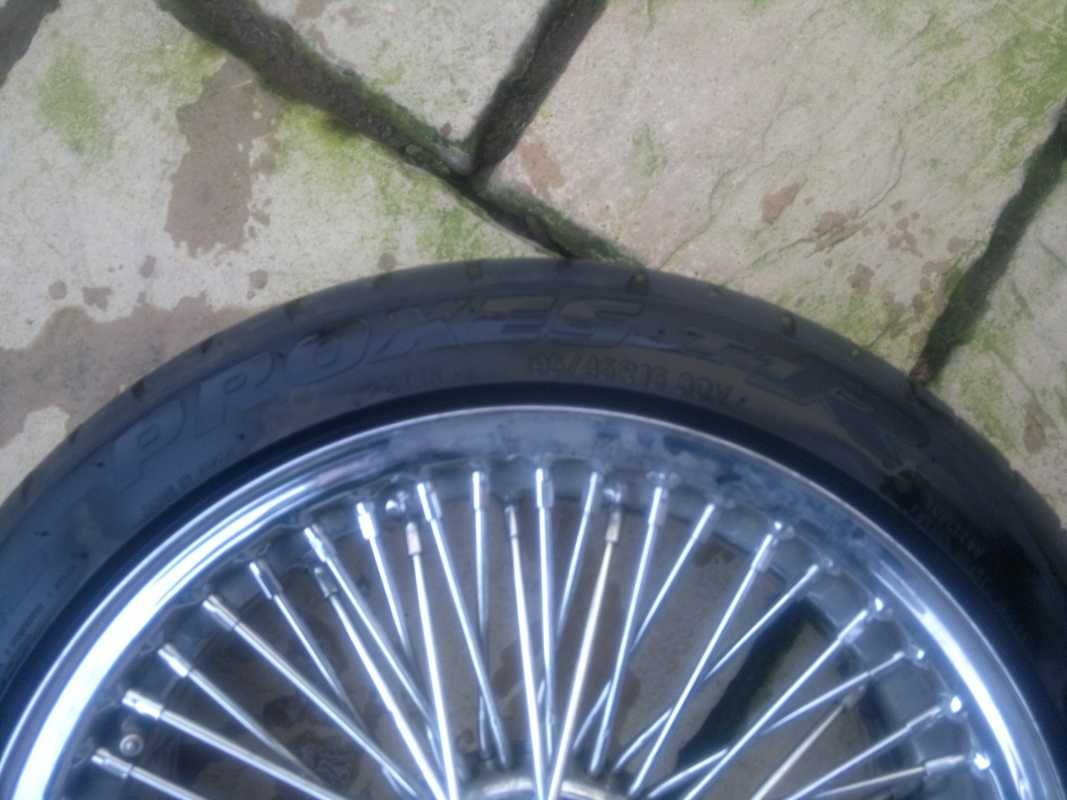 MGF & MG TF Owners Forum - Anyone fancy some bolt on wire wheels? -